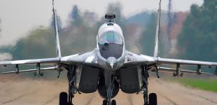 Украинские летчики перехватили самолет–нарушитель, захваченный террористами