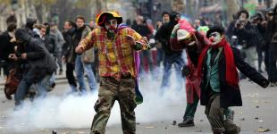 Полиция разогнала акцию протеста экологов в Париже