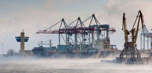Минус 10: море в Одессе остывает и парит