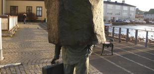 20 самых интересных скульптур и памятников со всего мира