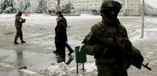 «Зеленые человечки» в Луганске