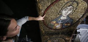 Реставратори «миють» храм Святої Софії Київсько