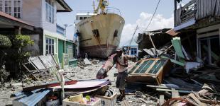 Як землетруси й цунамі нищать найбільшу острівну державу світу: Індонезія