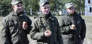 Как живут и служат гвардейцы в Новых Петровцах