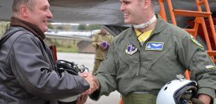 Багатонаціональні авіаційні навчання «Чисте небо-2018»: бомбові удари та голівудські посмішки