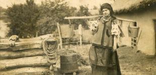 Як одягалися українці сто років тому