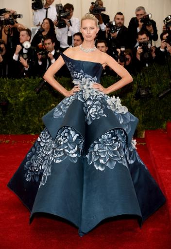 Самые модные и красивые платья