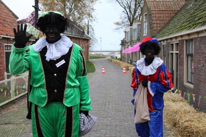 5 декабря - наверное, самый любимый день для нидерландской малышни
