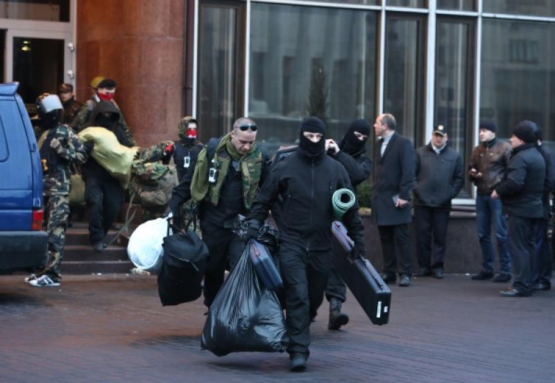 Правоохранители проводят обыск в доме экс-нардепа Сиротюка, - Тягнибок - Цензор.НЕТ 8754
