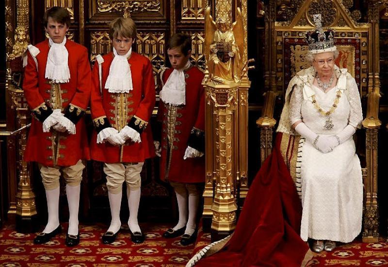 Где находиться королева великобритании
