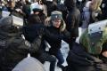 На акциях протеста в РФ задержаны уже 2,5 тысячи людей