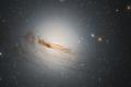 Hubble показал фото увядающей галактики из созвездия Золотая Рыба