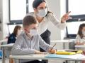 """Як працюватимуть школи в """"червоній"""" зоні карантину: відповідь МОН"""