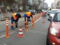 В Киеве полосы общественного транспорта оградят метровыми столбиками