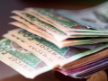 Средняя зарплата превысила 400 долларов: сколько хотят зарабатывать украинцы