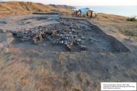 Археологи розкопали в Ольвії мармуровий карниз часів Римської імперії та ритуальне поховання