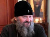 Наместник Лавры проклял священника, осудившего сравнение Януковича с Христом