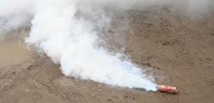 На Майдане начались провокации, кидают дымовые шашки