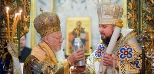 Украинская церковь отсоединилась от России - брюссельское издание