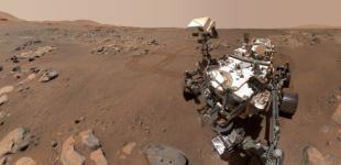Марсоход NASA сделал новое селфи на Красной планете