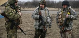 Гройсман анонсировал повышение пенсии военным в марте-апреле