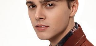 Украинский певец ALEKSEEV возглавил радио-чарт во Франции