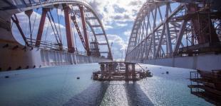 Россияне хотят запустить автомобильное движение по мосту в Крым в 2018 году