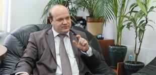Валерий Чалый не сможет жить на чиновничью зарплату