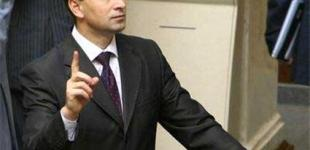 Микола Томенко: Азаров вже зрозумів, що його можуть звільнити