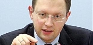 Яценюк: ПР использовала все карты из предвыборной кампании