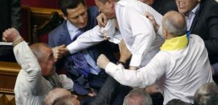 Українцям можуть повернути можливість дивитись бійки у Раді