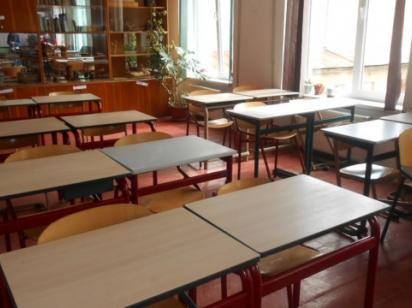 Осінні канікули у школах можуть продовжити до місяця через коронавірус