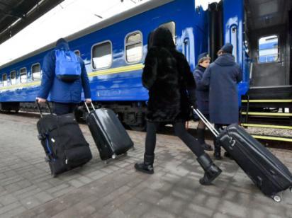 «Погрози та вмовляння не подіють»: з якими COVID-документами пустять у потяг