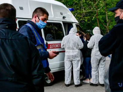 В «красную зону» попали 11 областных центров - Степанов