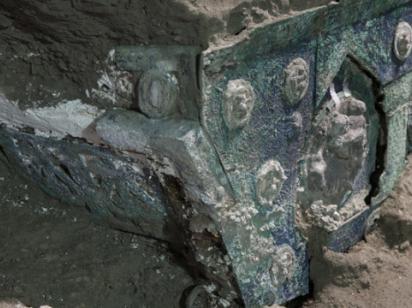 В Помпеях нашли повозку для торжественных церемоний I века