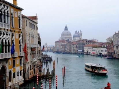 Туристы в Венеции обратились в полицию из-за заоблачного чека в ресторане