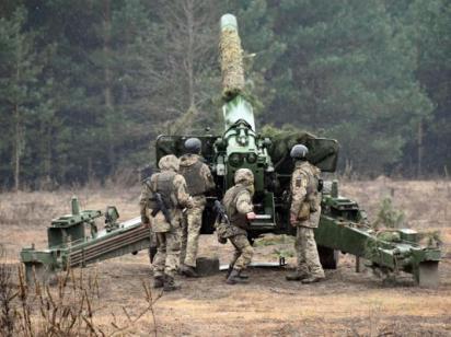 Под Черниговом артиллеристы провели боевые учения