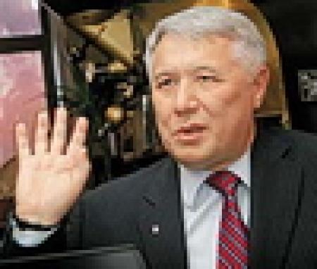 Ехануров: Героизм в экономике может уничтожить страну