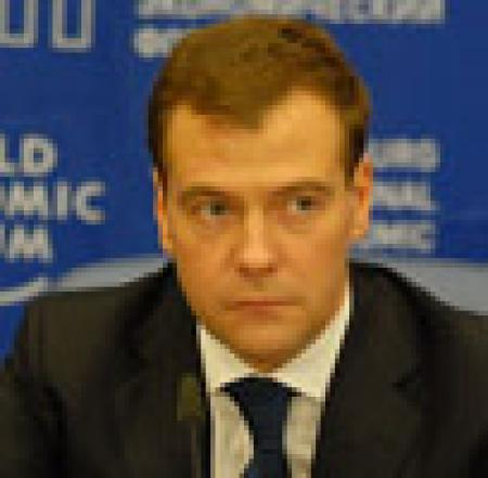 Ставка на Кремль. Почему президент РФ Дмитрий Медведев призывает «не кошмарить» частный бизнес