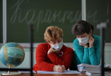 Як працюватимуть школи та виші з 20 вересня – роз'яснення Міносвіти