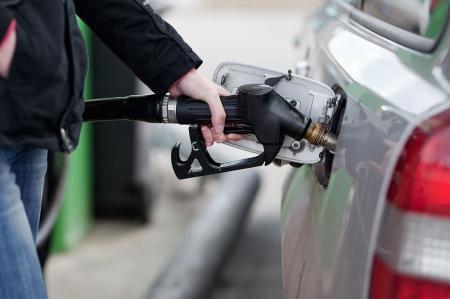Сколько будут стоить бензин и автогаз летом-2018