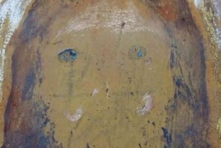 Разорванное Евангелие, порисованные иконы: в Тернопольской области вандалы разгромили храм