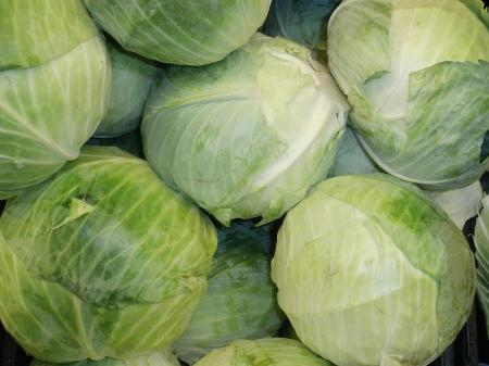 1200px-Cabbage_in_a_stack