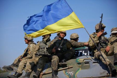 Украинским военным существенно подняли зарплату