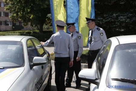 Участковые инспекторы получили новые авто