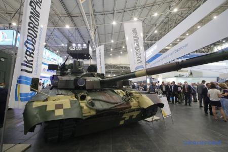 Таран на выставке «Оружие и безопасность-2021»: Все примеряем к стандартам НАТО
