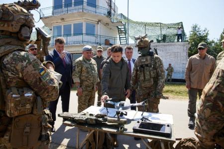 Ан-26 и боевой десант: что показали Зеленскому на полигоне спецназовцев