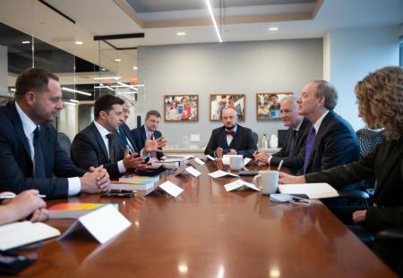 Зеленський обговорив із президентом Microsoft проєкти в Україні
