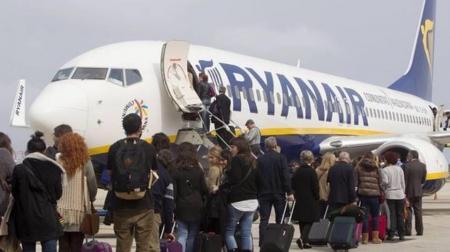 Ryanair: как полетать лоукостом за 7 евро