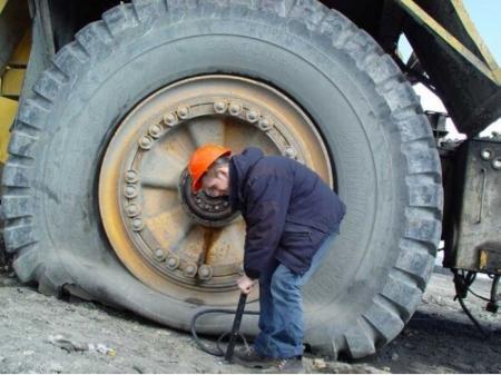 Нужно иметь железные яйца, чтобы делать бизнес в Украине